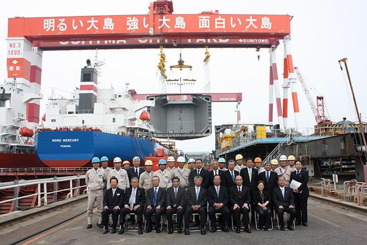 1200トンゴライアスクレーン1号基竣工