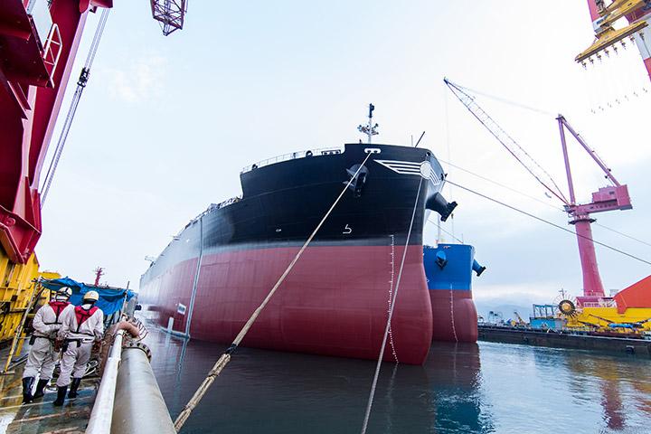 ばら積貨み物船への特化を通じた、世界一の生産性